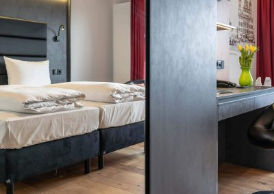 Doppelzimmer-Standard-2400x1350